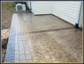 Paver Patio with Custom Edge